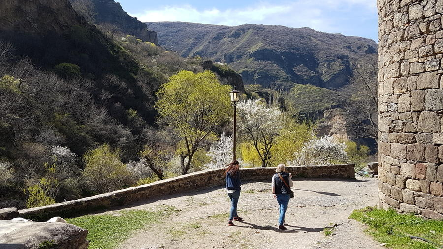 Frauenreise Nach Armenien Womenfairtravel Gmbh